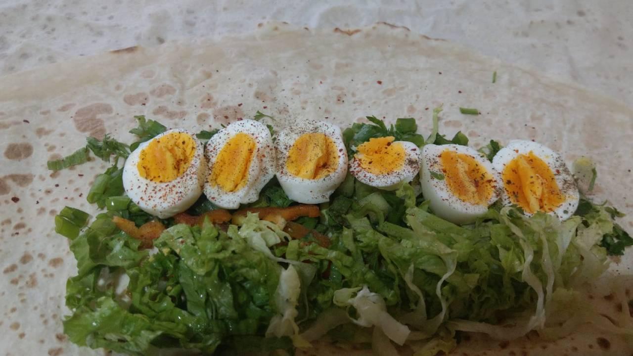 kahvaltilik-yumurtali-durum-tarif.jpg