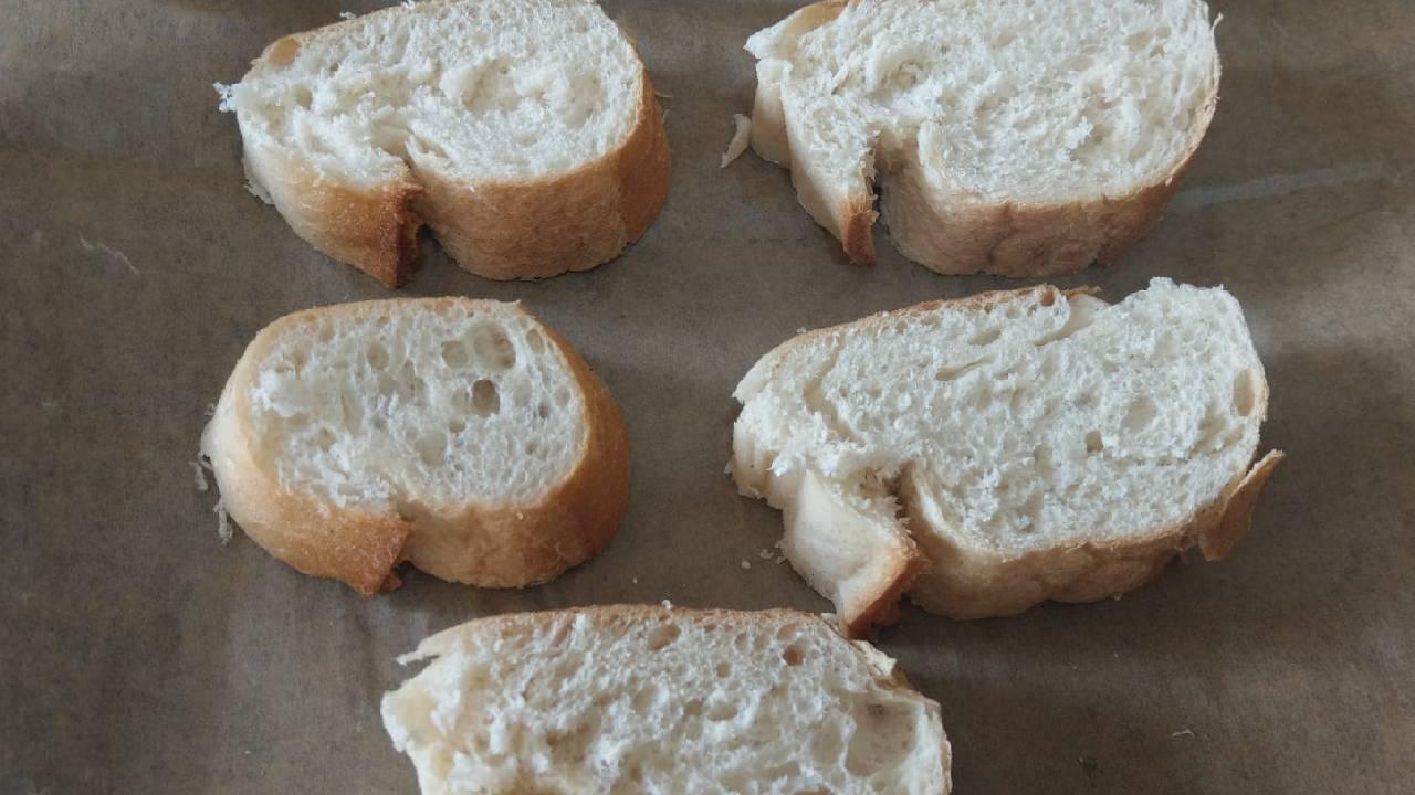 kahvaltilik-firinda-peynirli-ekmekler-detay-2.jpg