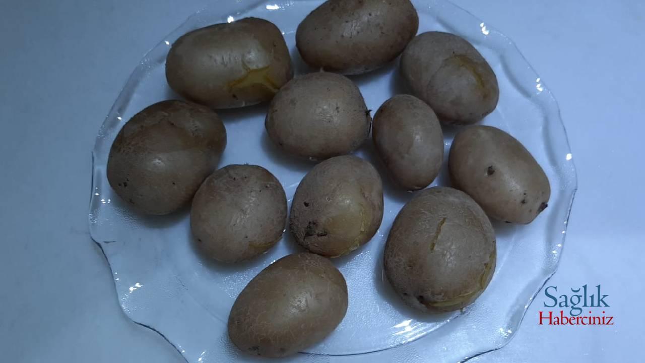 anne-usulu-patates-salatasi-detay-3.jpg