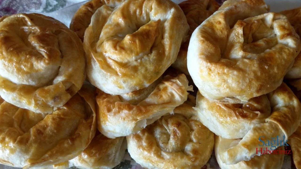 patatesli-sodali-gul-boregi-detay-4.jpg